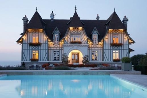 Look coco 10 bonnes raisons d aller deauville trouville for Chambre d hotel normandie