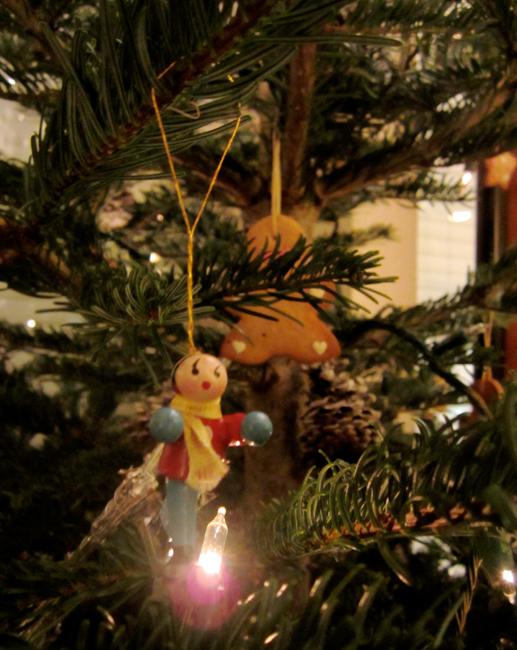 Sapin de Noël en Gingerbread men - bonhomme pain d'épices